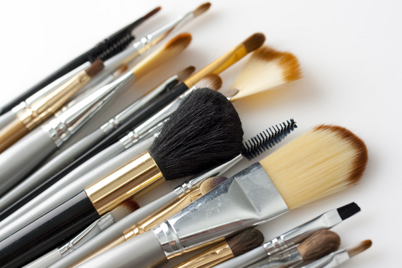 brushes feature pic