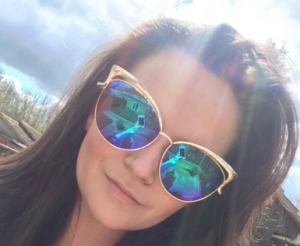 selfie the magician cheapass sunnies