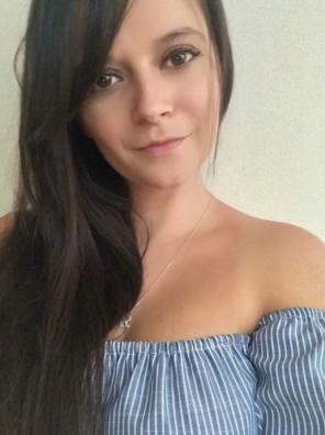 crownbrush selfie