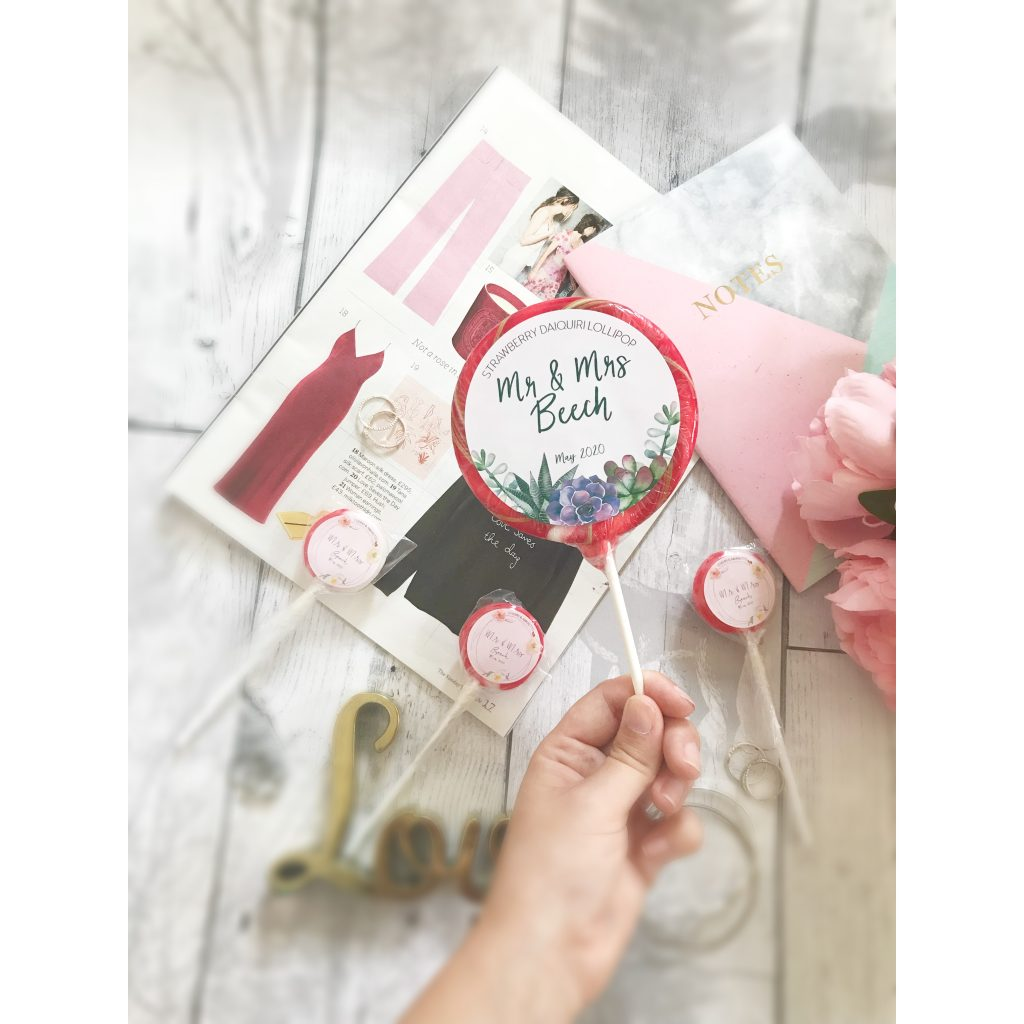 Personalise Your Wedding | Holly's Lollies